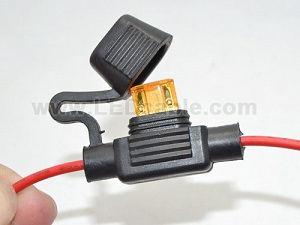 Waterproof In-Line Blade Fuse Holder with DC Connector